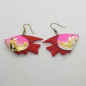 Vintage painted wood tropical fish earrings.